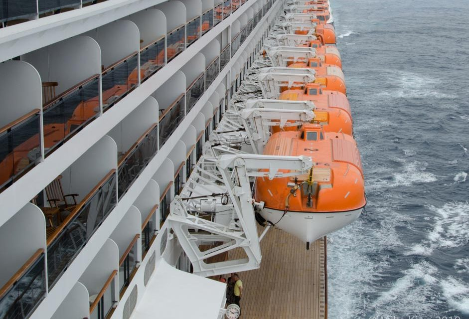 8 Tips to Help Prevent Seasickness on a Cruise
