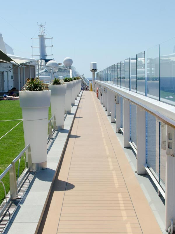 Celebrity Cruise Eclipse deck