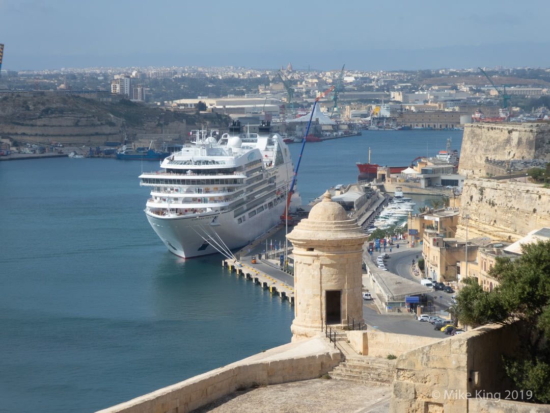 Seabourn Ovation in Malta