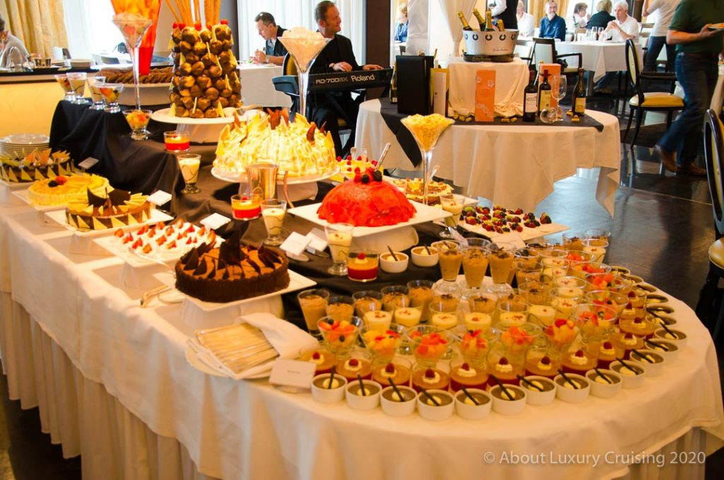 cruises resume buffet changes